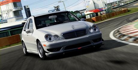 C32 AMG (5).jpg